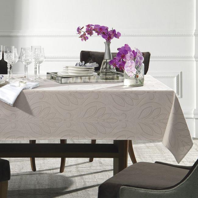 Toalha-de-mesa-redonda-6-lugares-Karsten-Bege